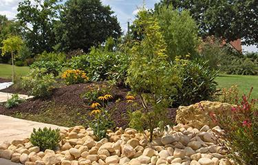 Création rocaille jardin – Paysagiste Pont-l\'Evêque (14)